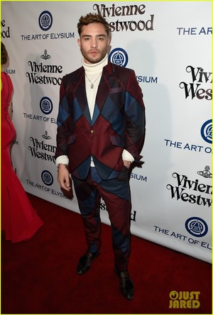 Ed Westwick attends the he 2016 Art of Elysium Heaven Gala