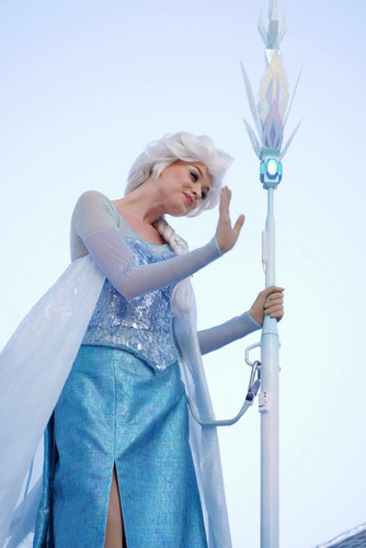 Nữ hoàng băng giá hình nền titled Elsa