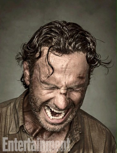 The Walking Dead karatasi la kupamba ukuta titled Entertainment Weekly Portraits ~ Rick Grimes