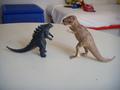 Godzilla e il tirannosauro.JPG - godzilla photo