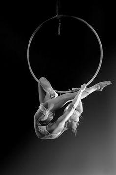 Hoop contortionist