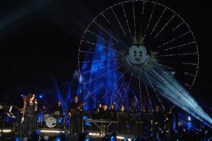 Idina Menzel Performs 'Let It Go' at Disney California Adventure