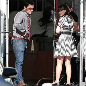 Jake Johnson and Zooey Deschanel 2016 New Girl 防弹少年团