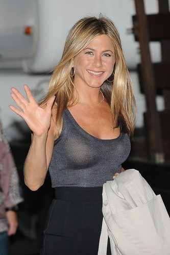 jennifer aniston fondo de pantalla probably containing tights, a bustier, and a leotard called Jennifer Anistonspi9jwruwb64j9rs