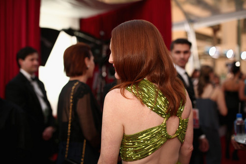Julianne Moore wallpaper probably with a portrait called Julianne Moore SAG Awards 2016