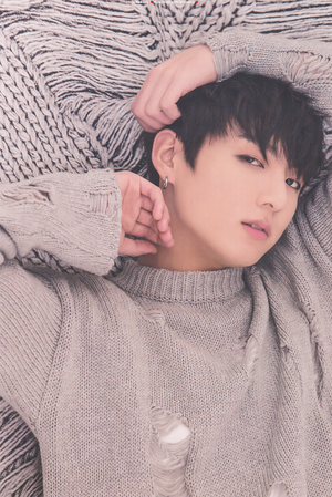 Jungkook | तितली Dream Exhibition ♥♥♥