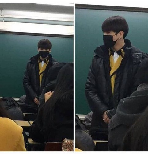 Jungkook (BTS) karatasi la kupamba ukuta containing a business suit called Jungkook at Highschool