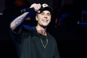 Justin Bieber Shares Unreleased Song Ill Be There e1453217680963