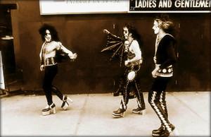 吻乐队(Kiss) (NYC) 1974