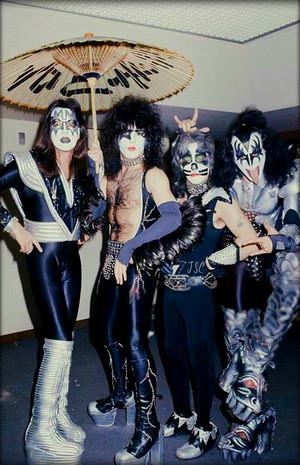 Kiss ~Suita City, Japan…March 21, 1977
