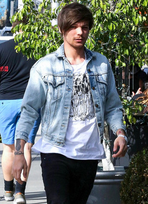 Louis out in LA