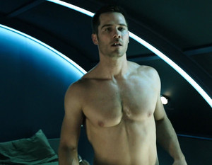 Luke MacFarlane in 'Killjoys' Series Premiere