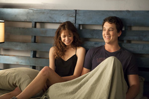 Miles Teller as Alec in Two Night Stand