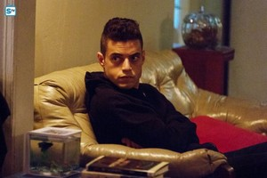 Mr. Robot - Episode 1.09 - eps1.8_m1rr0r1ng.qt - Promotional ছবি