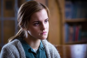 New HD Pics of Emma in and BTS of Regression