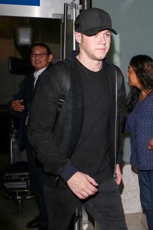 Niall at LAX