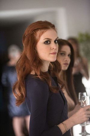 Promotional Still from 1x01 'Bulling Through'
