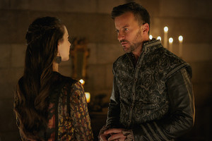 """Reign """"Bruises That Lie"""" (3x10) promotional picture"""