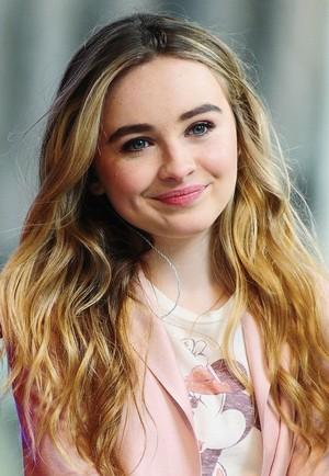 Sabrina Carpenter 15