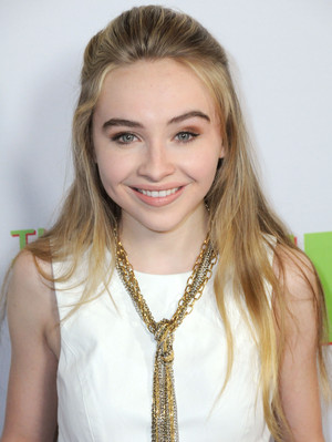 Sabrina Carpenter 18
