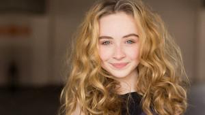 Sabrina Carpenter 19