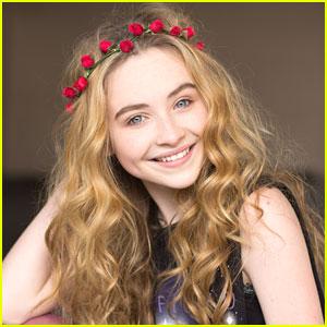Sabrina Carpenter 31