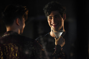 Shadowhunters - 1x06 - Of Men and 천사 - Promotional Stills