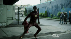 THE FLASH 2x12 - Fast Lane