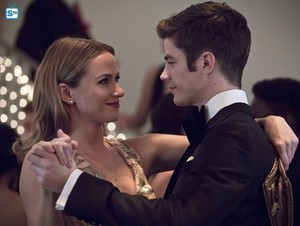 The Flash - Episode 2.10 - Potential Energy - Promo Pics