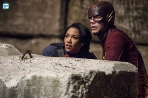 The Flash - Episode 2.13 - Welcome to Earth-2 - Promo Pics