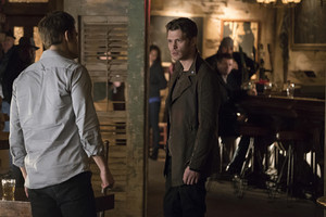 """The Vampire Diaries """"Moonlight on the Bayou"""" (7x14) promotional picture"""