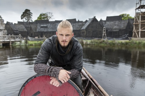 《维京传奇》(电视剧) 壁纸 titled Vikings Bjorn Season 4 Official Picture