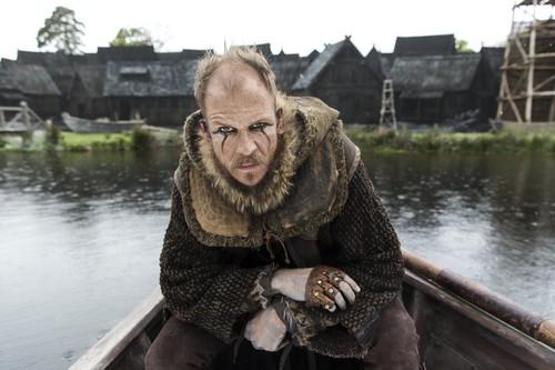 《维京传奇》(电视剧) 壁纸 entitled Vikings Floki Season 4 Official Picture