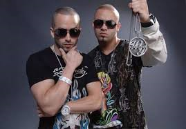 Wisin y Yandel Hintergrund with sunglasses called Wisin y Yandel