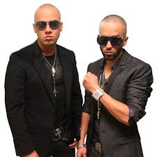 Wisin y Yandel দেওয়ালপত্র containing a business suit called Wisin y Yandel