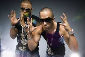 Wisin y Yandel wallpaper probably containing sunglasses titled Wisin y Yandel