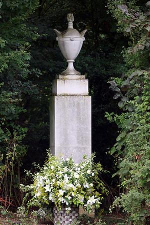 princess diana grave