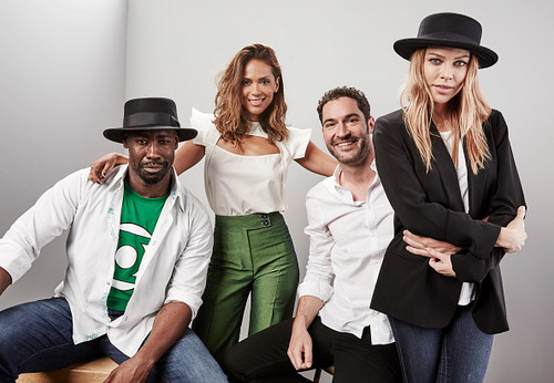 Lucifer (Fox) Обои with a fedora, a boater, and a porkpie called D.B. Woodside, Lesley-Ann Brandt, Tom Ellis and Lauren German.