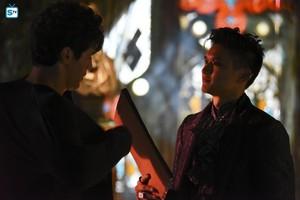 'Shadowhunters' 1x08 Bad Blood (stills)