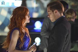 'Shadowhunters' 1x10 This World Inverted (stills)