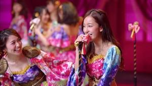 大島優子 板野友美 - 君はメロディー