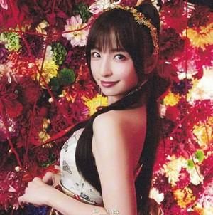 篠田麻里子 - 君はメロディー