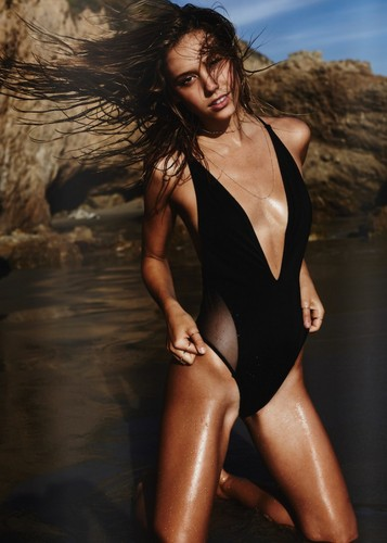 Alexis Ren wallpaper containing a maillot and a swimsuit called Alexis Ren