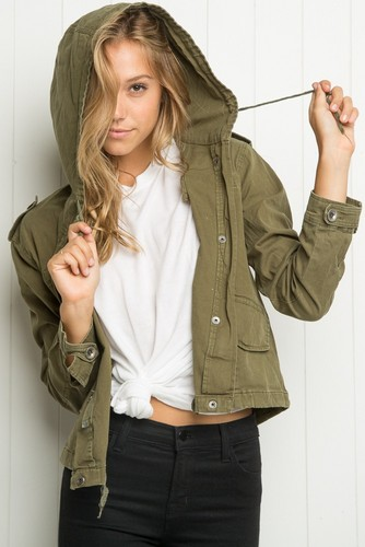 Alexis Ren wallpaper possibly with an outerwear and a box coat called Alexis Ren