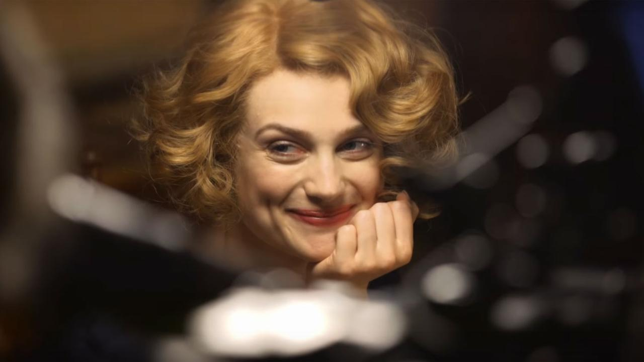Alison sudol as queenie goldstein fantastic beasts and for Where to buy photography