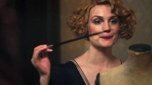 Fantastic Beasts and Where to Find Them wallpaper called Alison Sudol as Queenie Goldstein