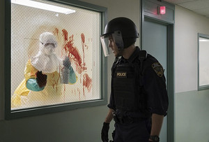 "Containment ""Pilot"" (1x01) promotional picture"