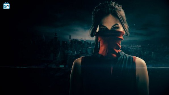 "Daredevil Season 2 Elektra Natchios ""The Punisher"" Official Picture"