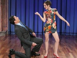 Emma dancing with Jimmy Fallon 4