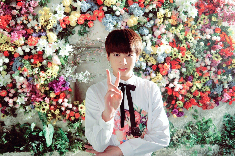 http://images6.fanpop.com/image/photos/39300000/Flower-kookie-zeppie-39305161-1500-1000.jpg